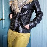 Шикарная кожаная куртка с натуральным мехом