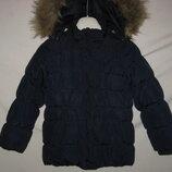 Куртка Mexx Голландия на 6-7 лет 116-122 рост .Зимняя. куртка на утеплителе . Капюшон на молнии, мех