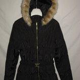 Куртка H&M Швеция на 13-14 лет 158-164 рост .Зимняя. куртка на утеплителе . Капюшон на молнии, в