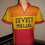 Веломайка размер 46-48 M спортивная велофутболка мужская футболка