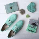 Кожаные туфли мокасины на шнурках с перфорацией розовые пудровые, бирюзовые, натуральная кожа