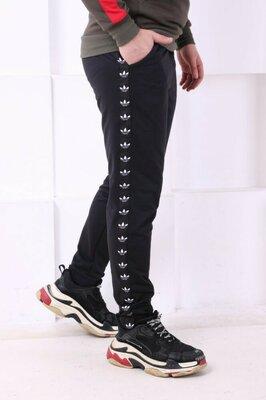 Спортивные штаны с лампасами Adidas ч/ч
