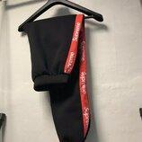 Утепленные спортивные штаны Supreme