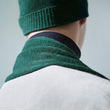 Шапка COS зелёный меланж шерсть