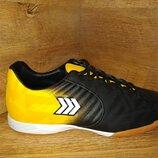 Кроссовки для футбола футзал от restime 36-41 р синие, жёлтые, красные