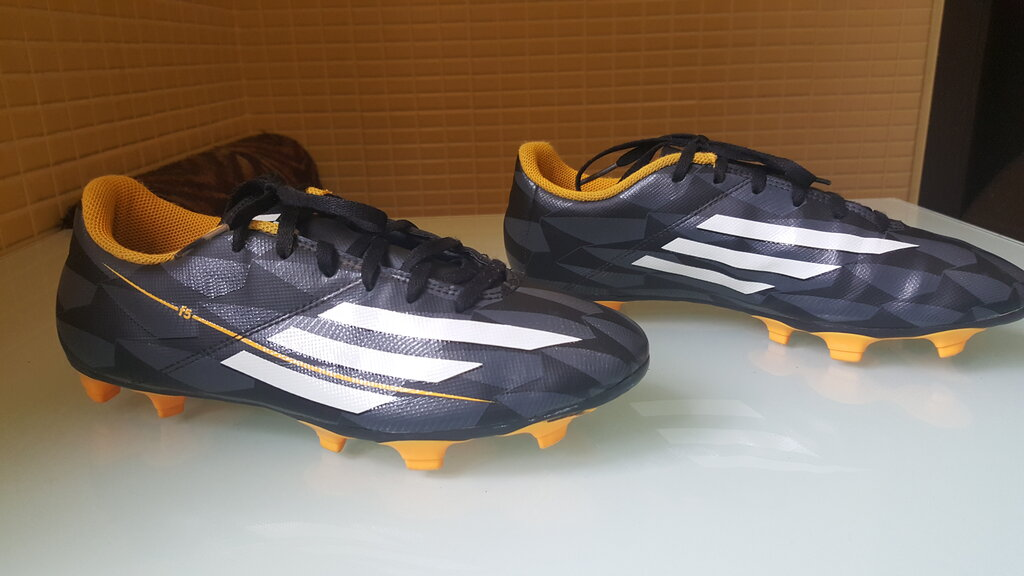 9844a051 Продам оригинальные копачки,бутсы Adidas F5: 900 грн - мужские кроссовки  adidas в Ивано-Франковске, объявление №20275003 Клубок (ранее Клумба)