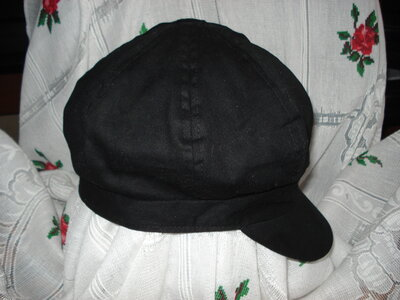 Супер кепка черного цвета new look р.57см.,100%коттон.