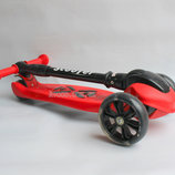 Самокат Scooter Macro красный с фонариком, светящийся, складной, до 80 кг