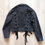 Модная джинсовая куртка BERSHKA