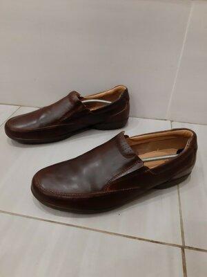Кожаные туфли слипоны мокасины