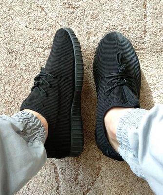 Кросівки утеплені в стилі Adidas Yeezy Boost 41 ліві кроссовки теплые 26,5 см