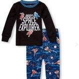 Пижама childrens place. размер 4т, большемерит. рисунок светится в темноте.