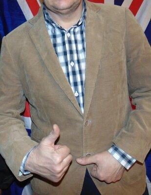 Стильний фирменний вельветовий пиджак бренд Charles Vogele.м-л .