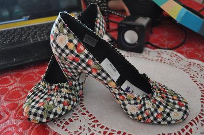 c8f973fd9b56 Классные туфли rocket dog оригинал 38,39р-р текстиль в весенние орнаменты
