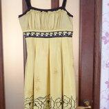 Нарядное лёгкое платье сарафан с вышивкой.Размер 44-46