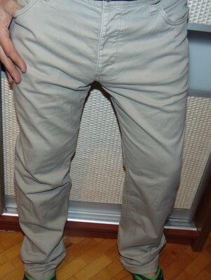 Стильние брендовие брюки штани .H&M .л-хл 36