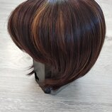 Красивый парик каре.