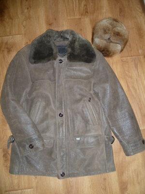 Натуральная фирменная куртка-дубленка, норковая шапка в подарок.