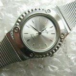 . Часы Omax кварцевые женские, новые, минеральное стекло, водозащита - 30м.