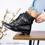 Женские ботинки 2 пряжки, натур. кожа, деми
