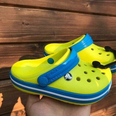 В наличии Крокс лимонные crocs crocband lemon детские