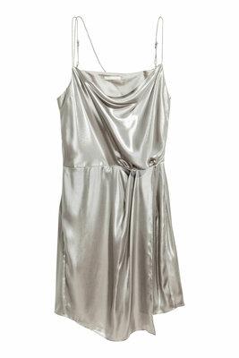 Cтильное металлизированное платье шведского бренда H&M ,xs