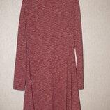Трикотажное платье,очень красивое