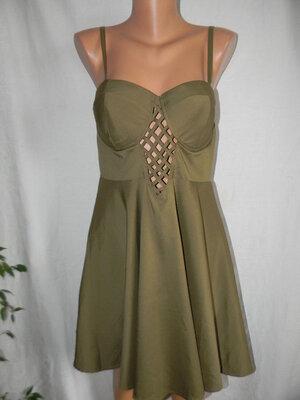 Новое платье на тонких бретелях New Look 14p