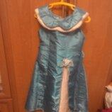 Красивое платье на возраст 8-10лет