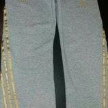 Теплые спортивные штаны Adidas на 7-8лет