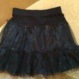 Нарядная юбочка с дєдєроновьіми вставками фирмы M&Co