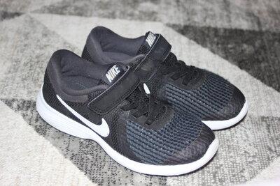 7fcbafa6 Беговые кроссовки Nike Revolution 4 Junior размер 12 на 30: 420 грн ...