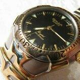 Часы кварцевые Omax , 2003 года выпуска, мужские, новые.