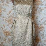 Красивенное платье с золотыми цветами . на бирке- 10 р-р 44