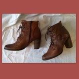 Качественные кожаные ботинки 40 р. 26 см. Jones Bootmaker утепленные, подошва Freeflex