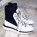 Женские стильные спортивные ботинки