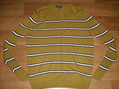 Мужской полушерстяной свитер размер S