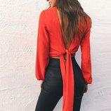 Блузка на завязках с открытой спиной красная