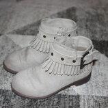 Милые ботинки H&M размер 8 на 25