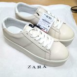 Удобные новые кеды кроссовки на танкетке фирмы zara