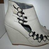Босоніжки туфлі стильні брендові River Island Оригінал р.38 стелька 24 см