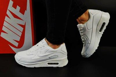 женские кроссовки Nike Air Max пресс.кожа черные и белые 36-40р  800 ... 77997ef2049f5