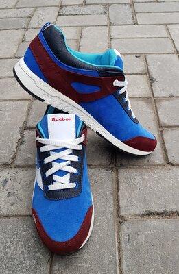Продано: Стильные кроссовки из натуральной кожи