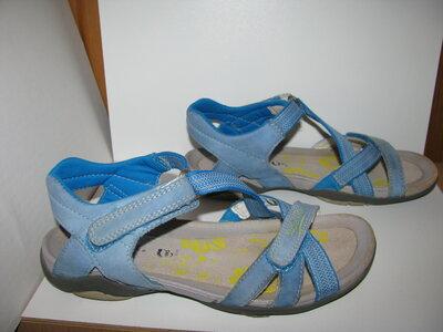 Босоніжки сандалі брендові Superfit Оригінал Німеччина р.35 стелька 22 см