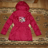 Демисезонна куртка Disney C&A на 7-8 років 128 см с минни маус