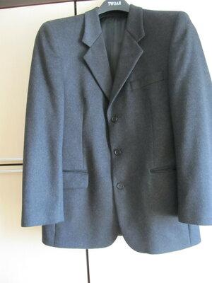 Шикарный красивый шерстяной жакет пиджак 50