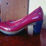 Новые кожаные туфли DR.Martens,разм 40.5 26.5