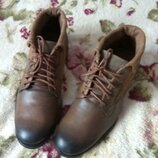 Ботинки с натуральной кожи