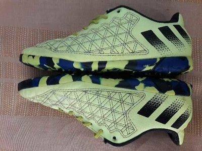 Кроссовки футзалки фирменные Adidas predator р.34-21см.