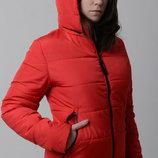 Куртка женская демисезонная. Размеры с 46-56 Полуприталенный крой подчеркнет достоинства фигуры.Зас